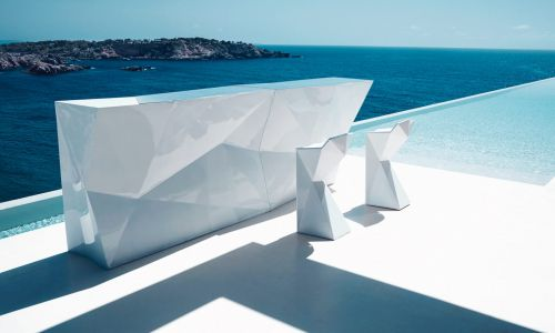 8-vondom-faz-by-ramon-esteve-bar